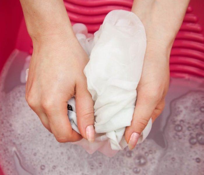 Como tirar manchas de sangue dos tecidos