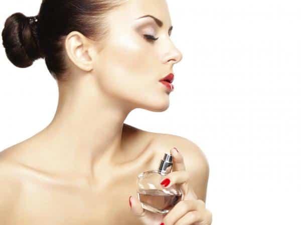O que fazer quando se exagera no perfume ?
