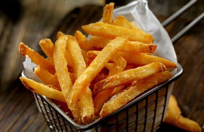 Batatas fritas estaladiças como conseguir