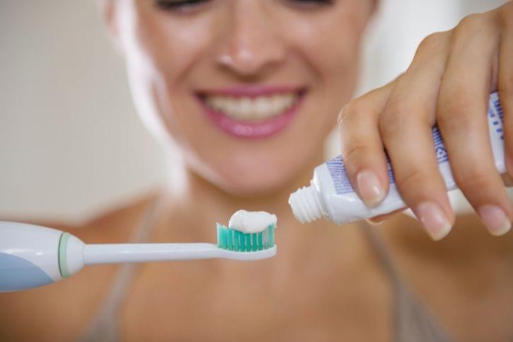 Como escolher a escova de dentes certa 1