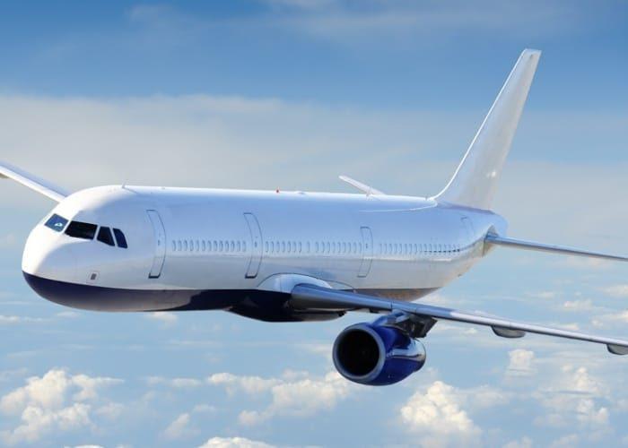 Sabe o que deve fazer depois de viajar de avião?