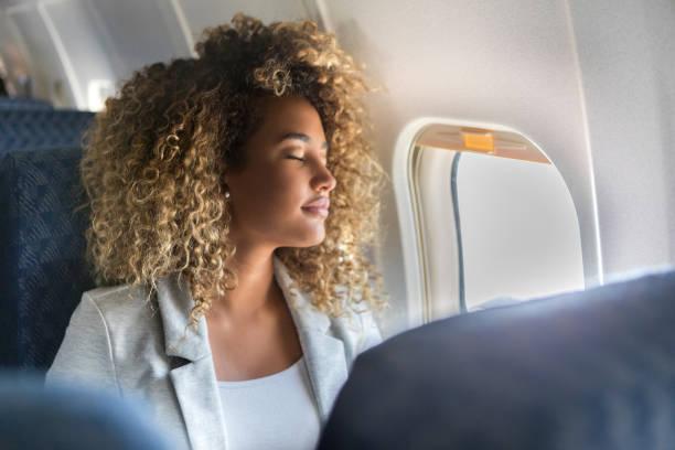 Sabe o que deve fazer depois de viajar de avião? 2