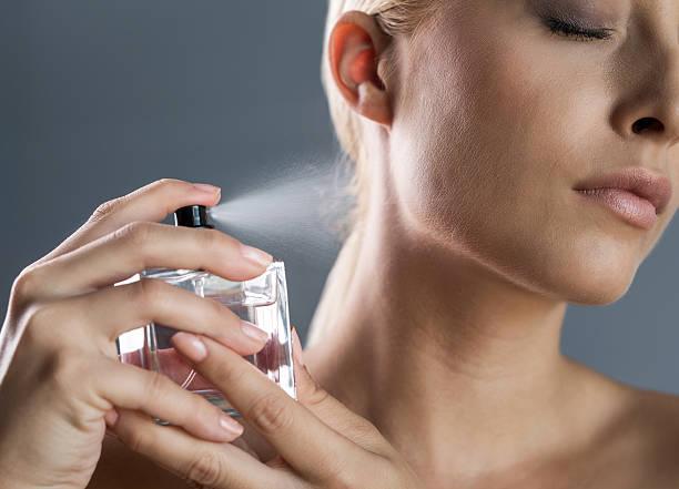 O que fazer quando se exagera no perfume ? 2