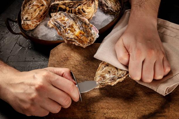 Como abrir ostras facilmente 2